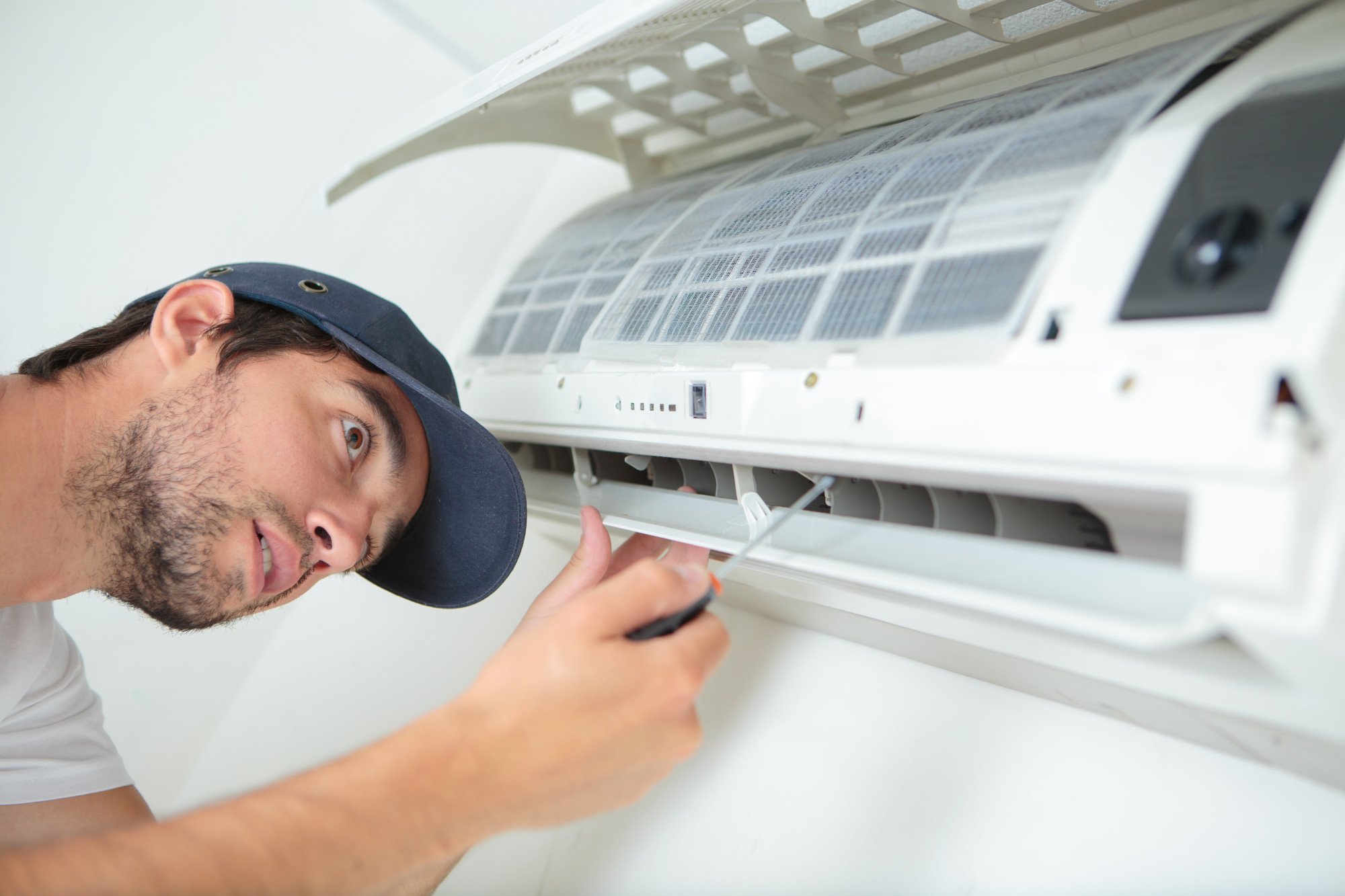 7 Warning Signs That You Are in Need of an AC Repair