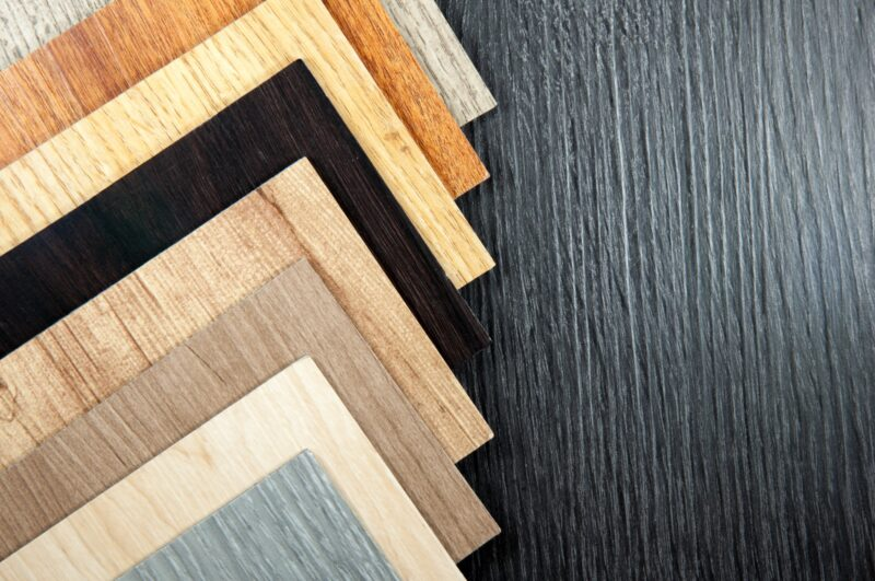 Luxury Vinyl vs Hardwood – How to Decide the Best Flooring
